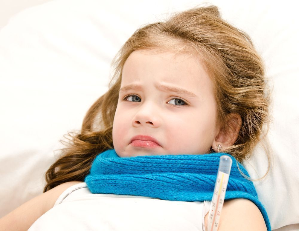 Baño En Ninos Con Fiebre:Little Girl Lying